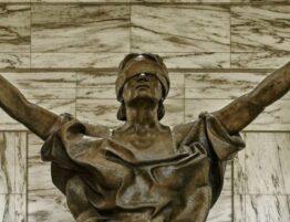 Верховний Суд дійшов висновку, що час проходження служби, протягом якого особа брала участь в АТО, зараховується до пільгового трудового стажу.