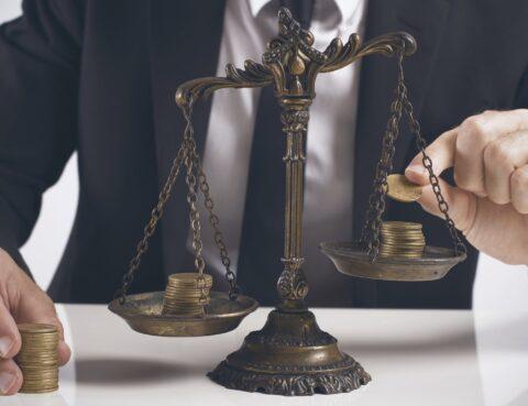 ВС КГС: доповнення майнового позову немайновою вимогою не є збільшенням розміру позовних вимог