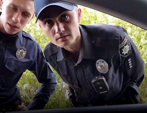Зупинення транспортного засобу поліцейським: усе, що потрібно знати