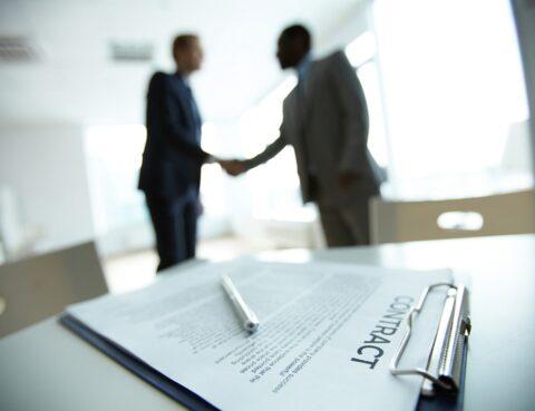 Перехід права власності на будинок через вісім днів після відкриття провадження у справі про стягнення боргу за договором позики порушує права позикодавця – КЦС ВС